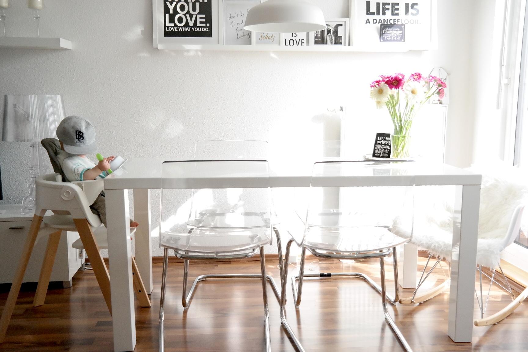 baby als die dritte mahlzeit einzog dazu der stokke steps missbonn e bonn e. Black Bedroom Furniture Sets. Home Design Ideas